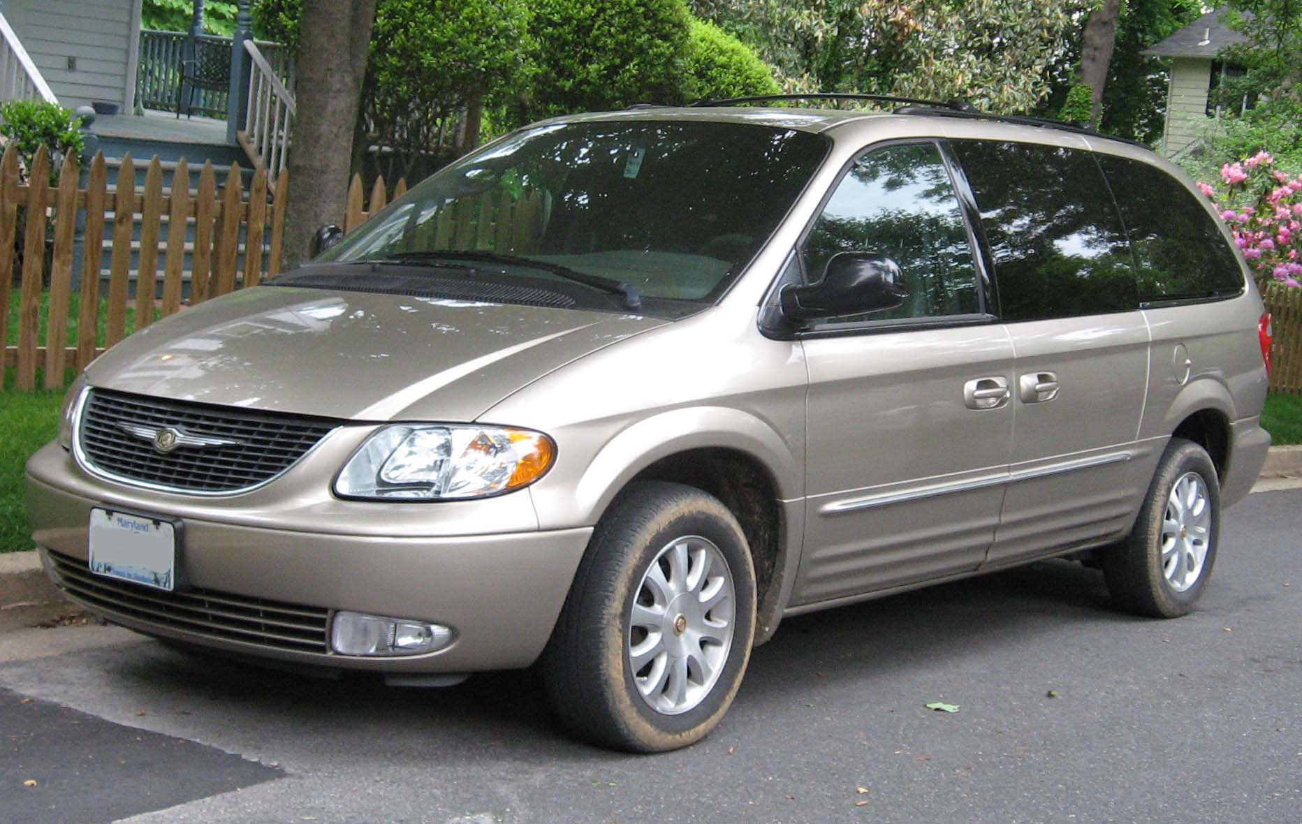 chrysler town & country #6
