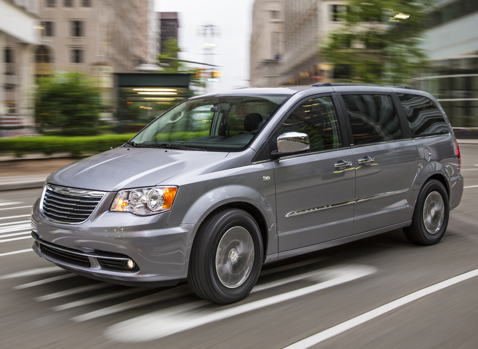 chrysler town & country pictures #15