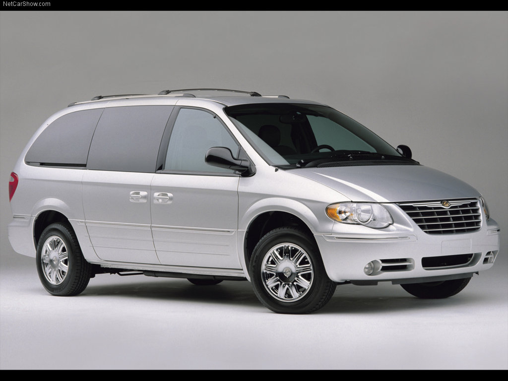 chrysler town & country seriess