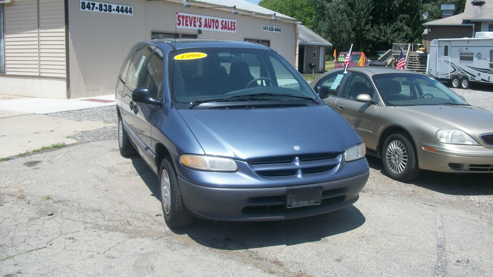 1996 dodge caravan iii pictures information and. Black Bedroom Furniture Sets. Home Design Ideas