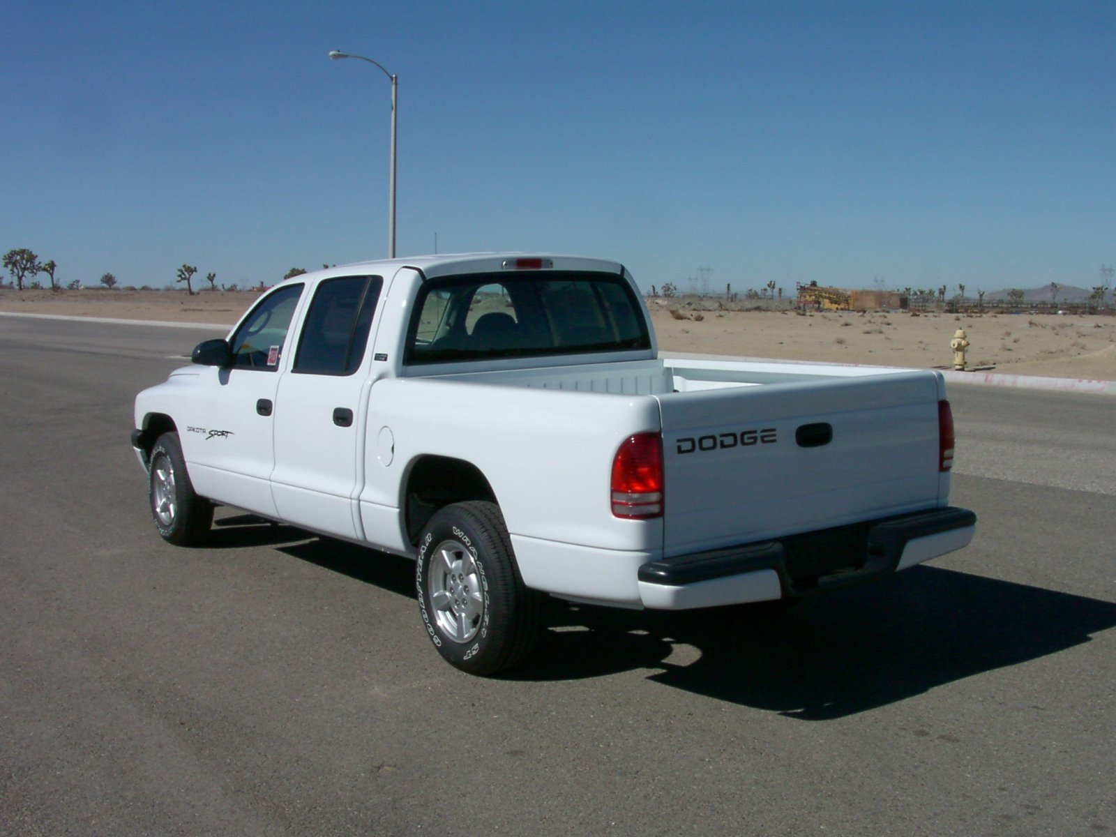 2010 dodge dakota 2 door