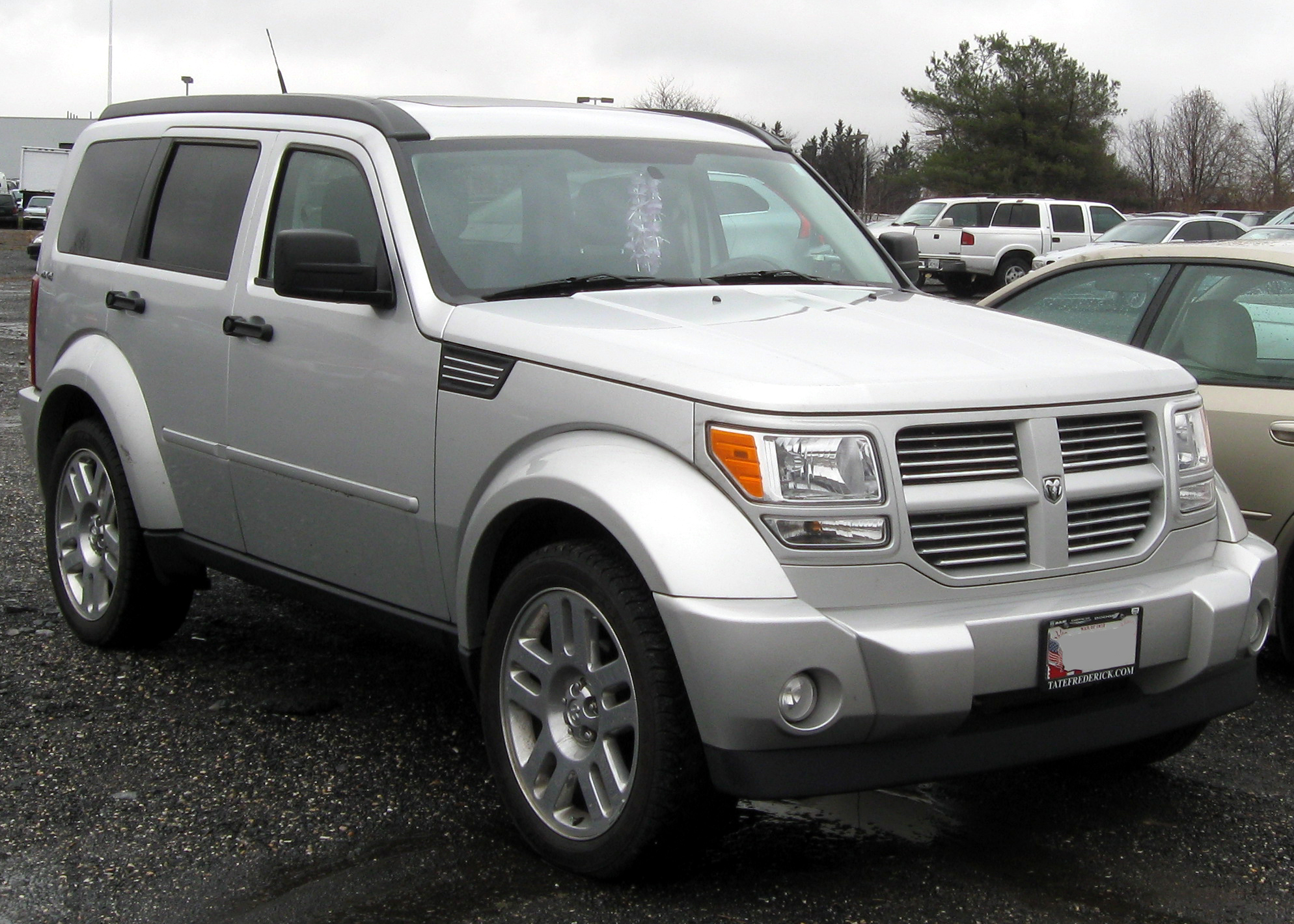 Dodge Nitro   pictures, information and specs - Auto-Database.com