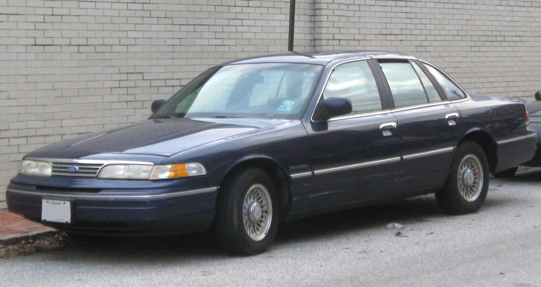 ford crown victoria images