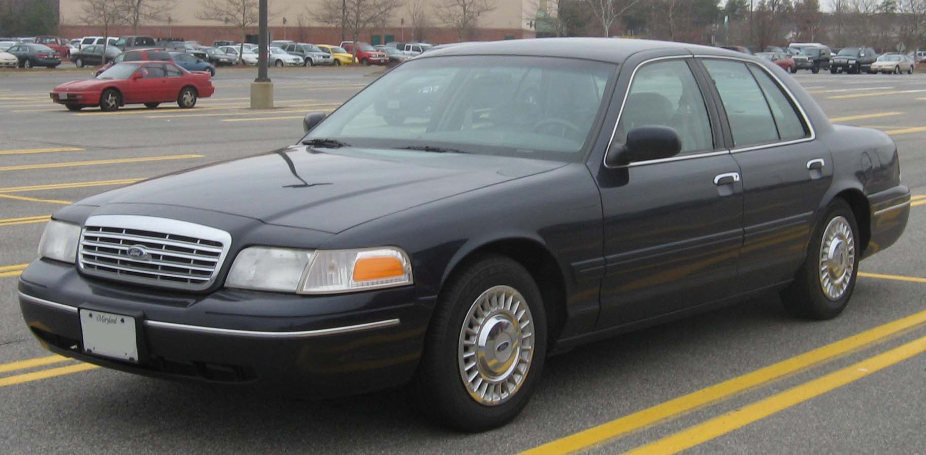 ford crown victoria pictures #3