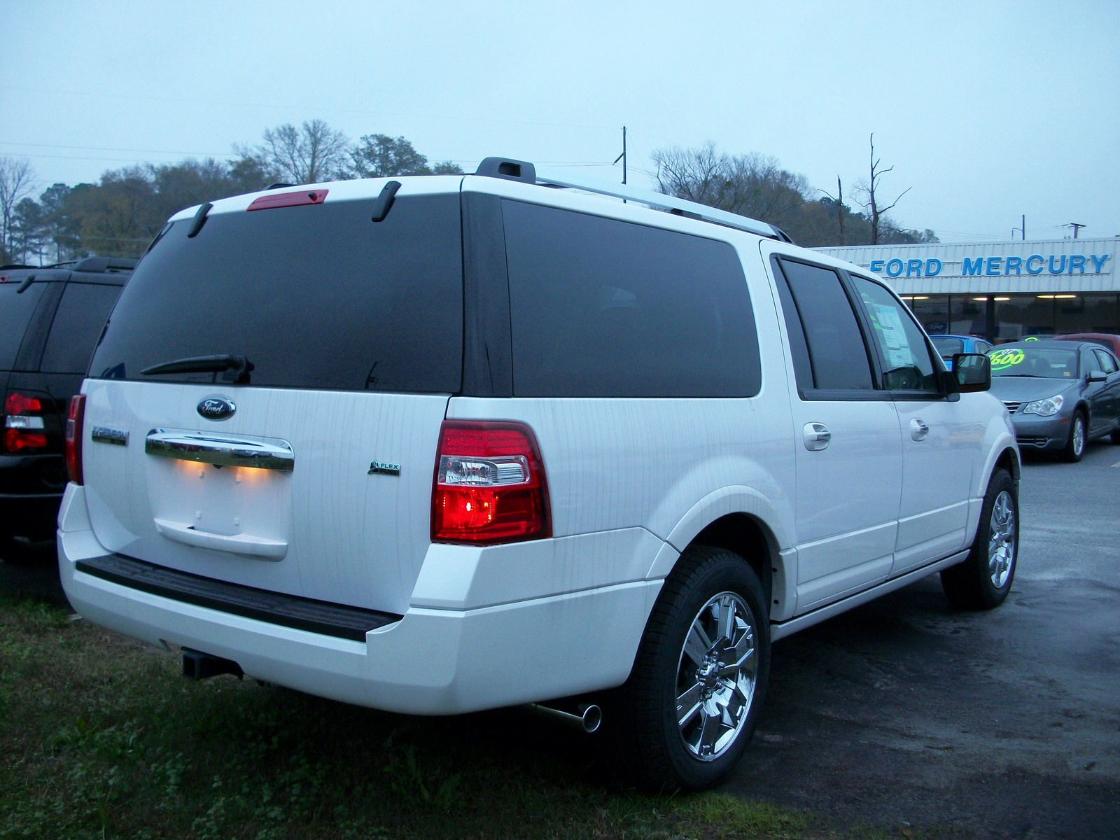 for xlt image auction suv expedition february sold ford item
