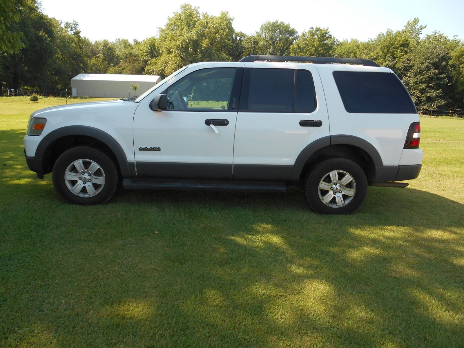 2006 Ford Explorer Suv Pictures Information And Specs