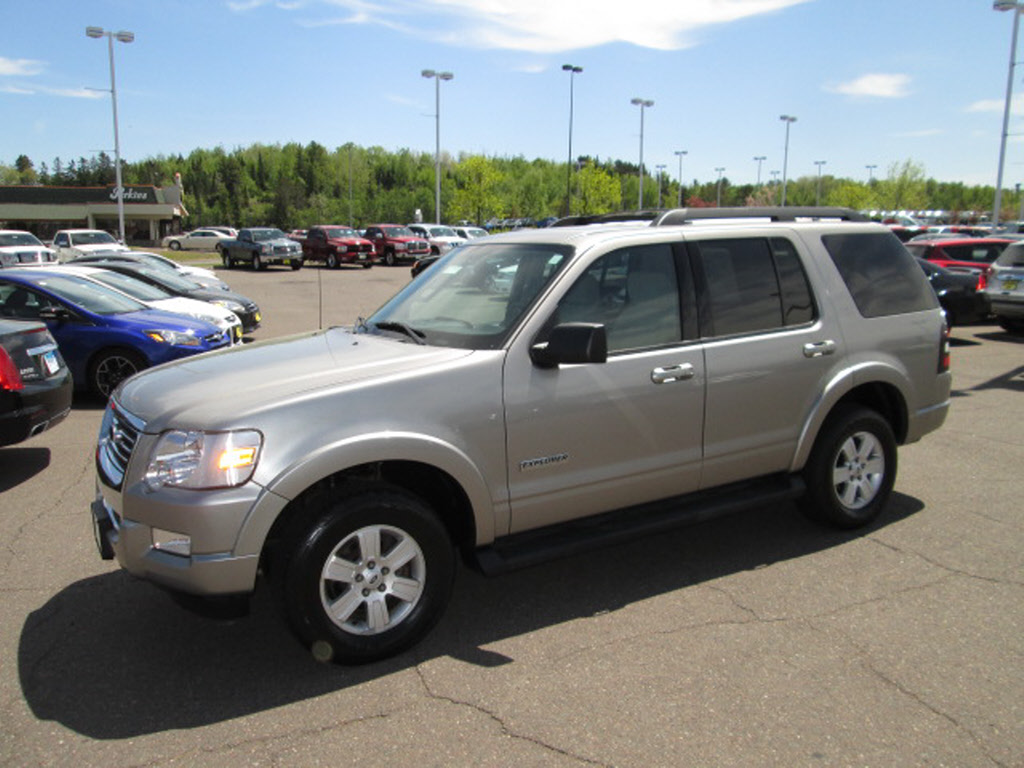 ford explorer suv pictures information  specs auto databasecom