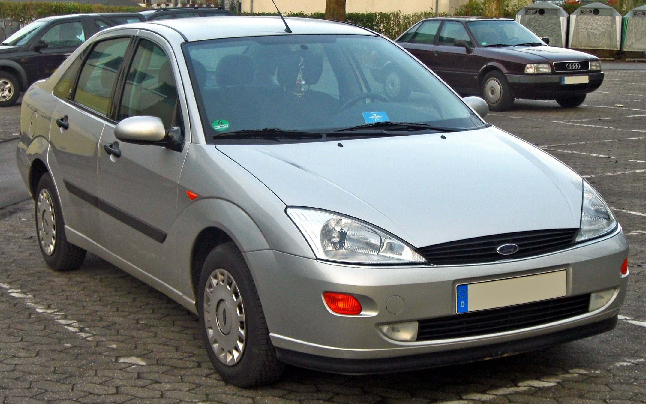 ford focus hatch 1999 pics