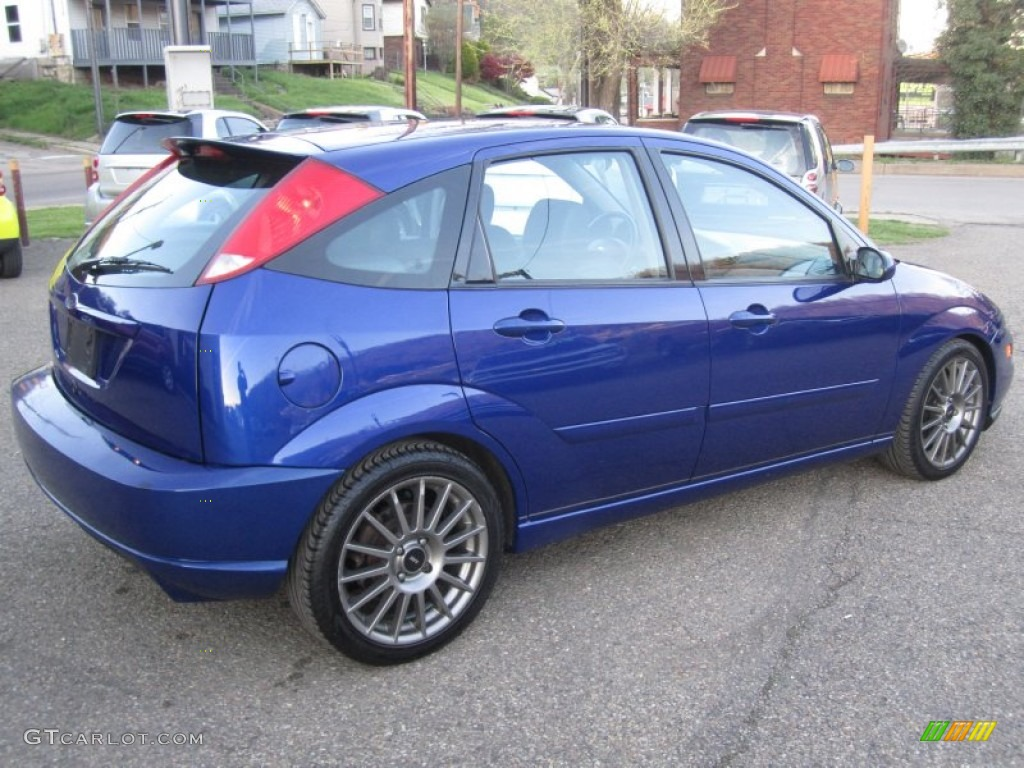 2004 ford focus hatch pictures information and specs auto. Black Bedroom Furniture Sets. Home Design Ideas
