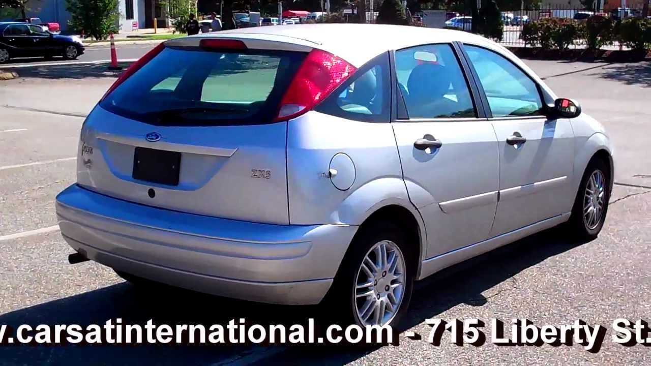 2003 ford focus hatchback pictures information and specs auto. Black Bedroom Furniture Sets. Home Design Ideas