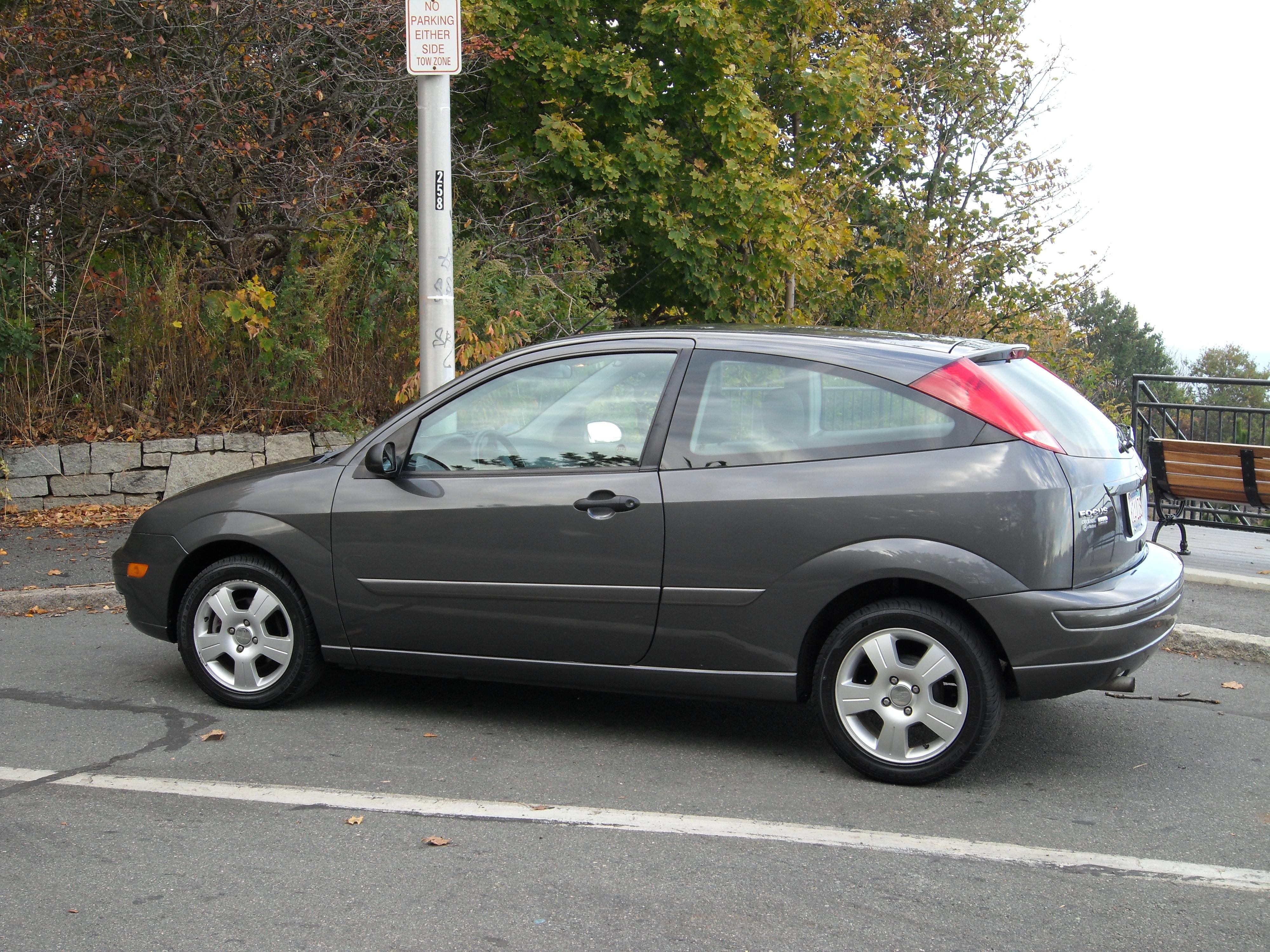 Cached 2005 ford focus photos