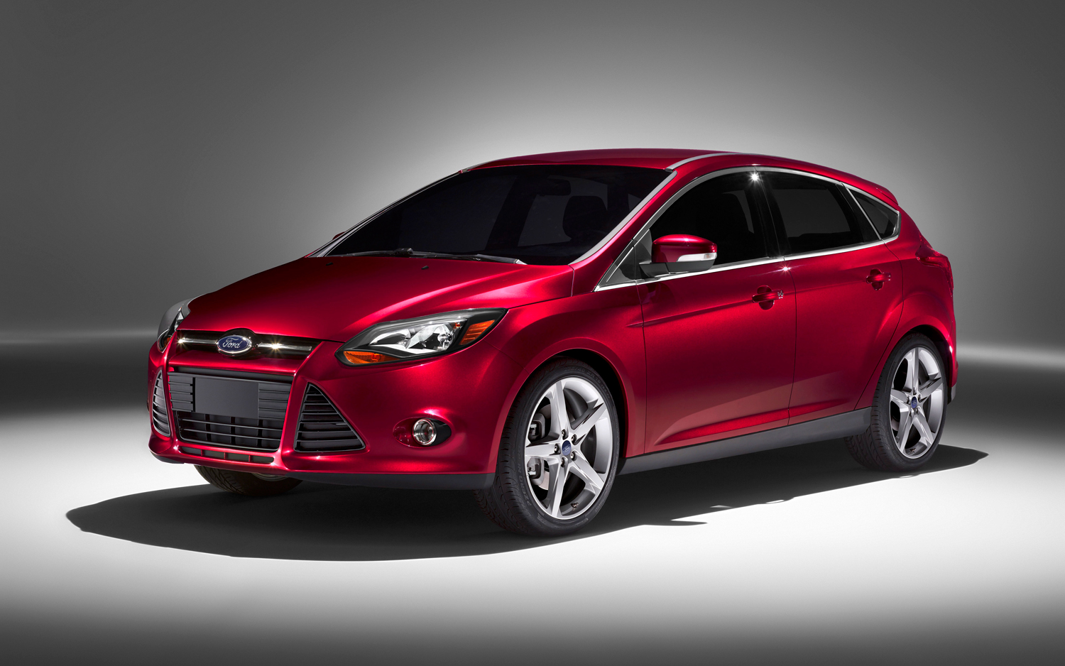ford focus hatchback ii 2013 pictures