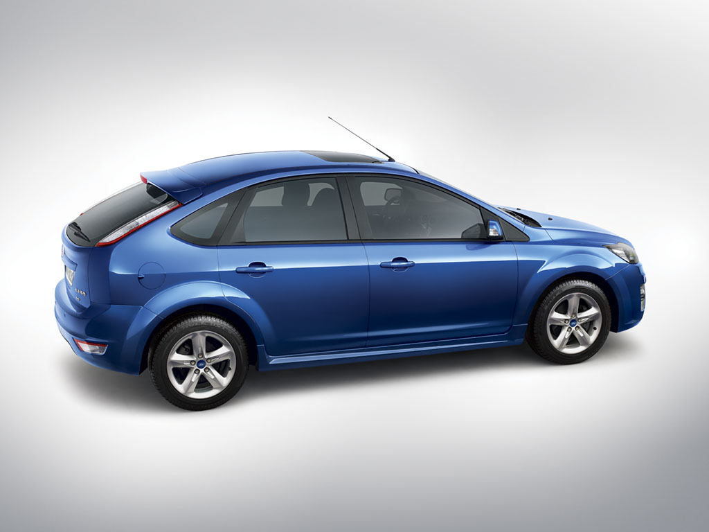 ford focus iii 2010 wallpaper