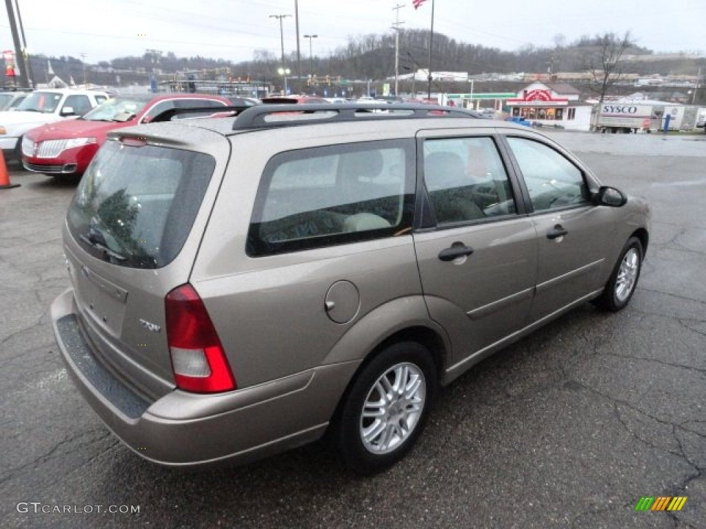 ford focus wagon ii 2005 images