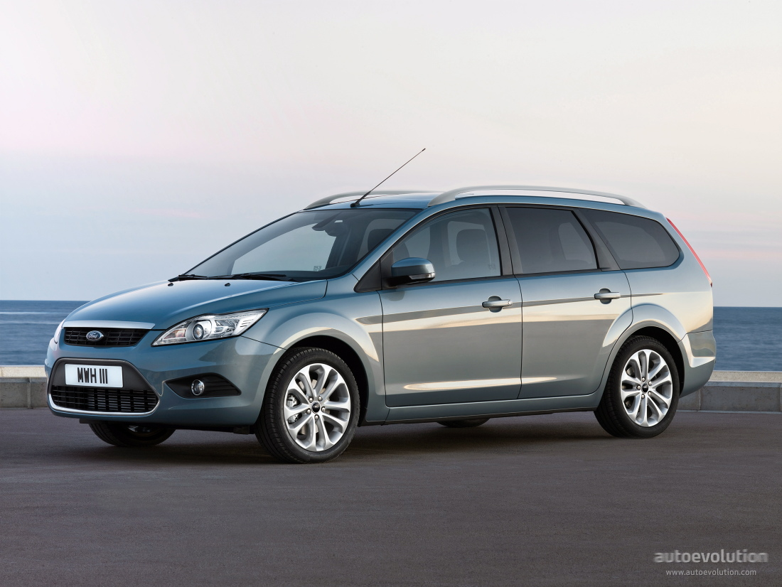 ford focus x road zwart