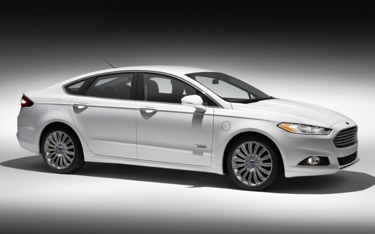 2016 ford fusion ii pictures information and specs. Black Bedroom Furniture Sets. Home Design Ideas