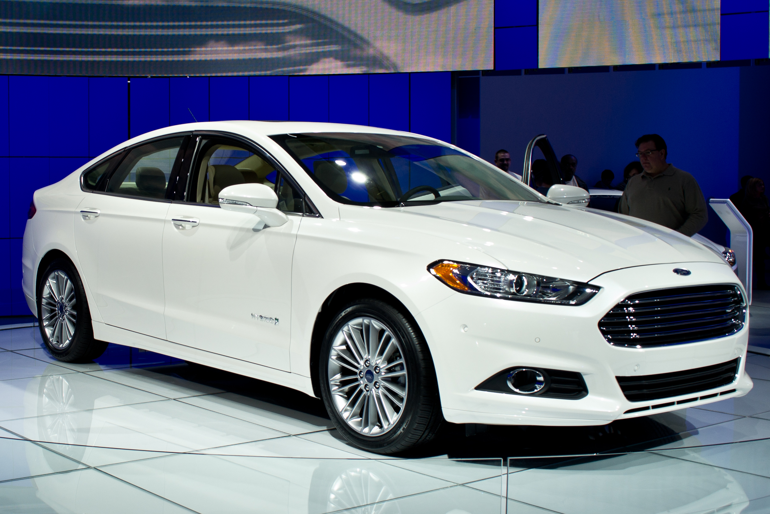 ford fusion pictures