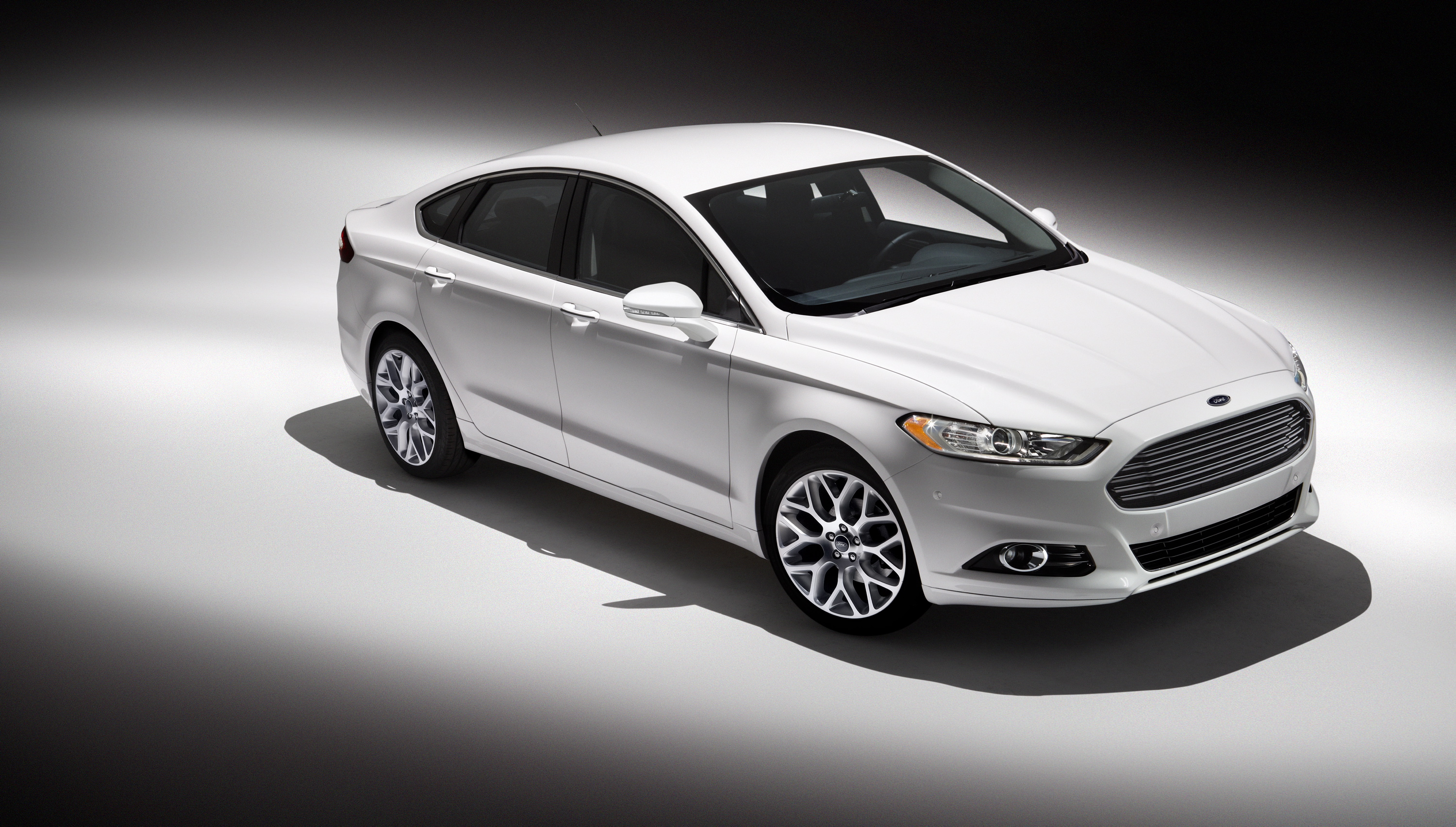 ford fusion usa pictures