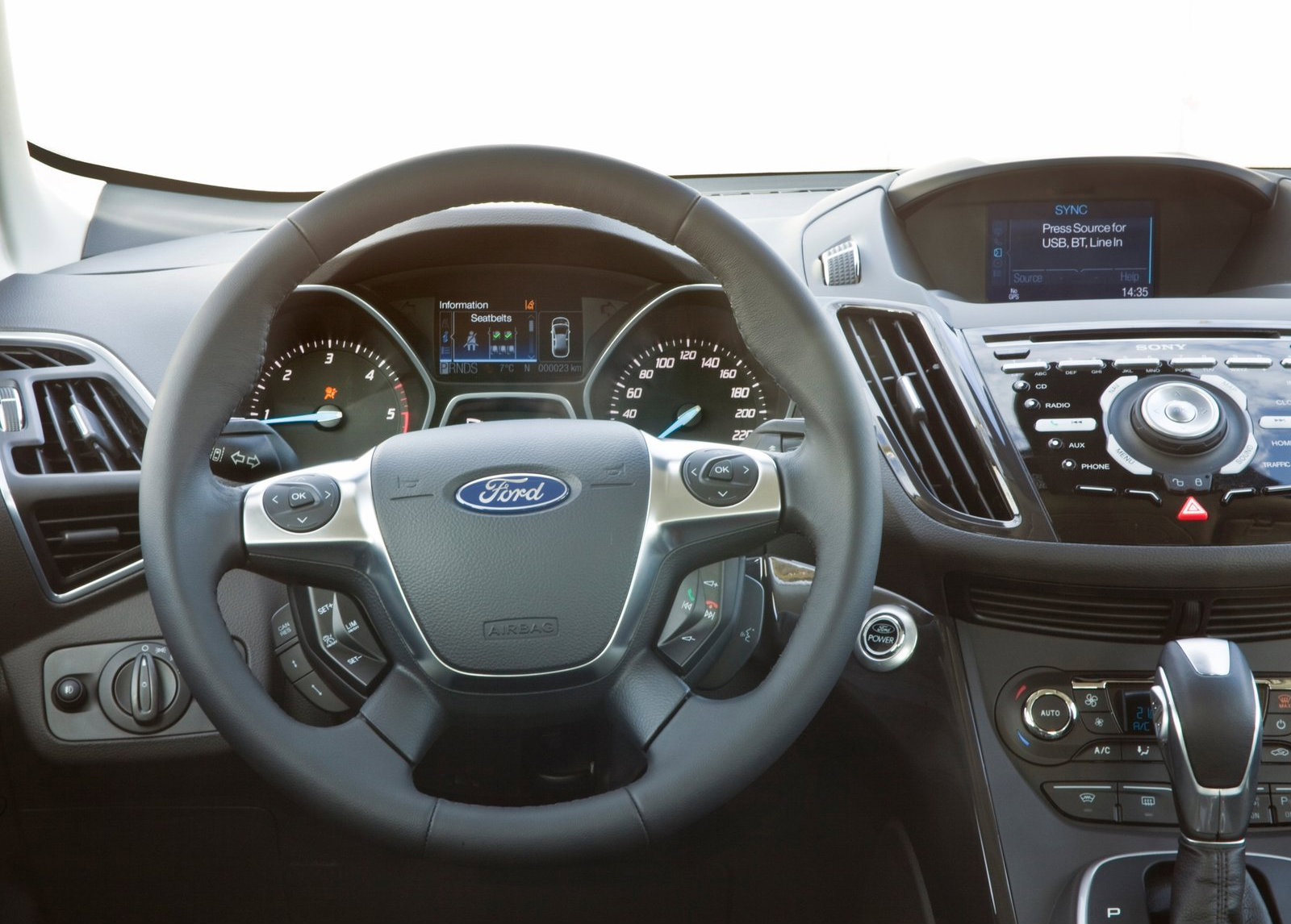 ford kuga ii 2015 images #6