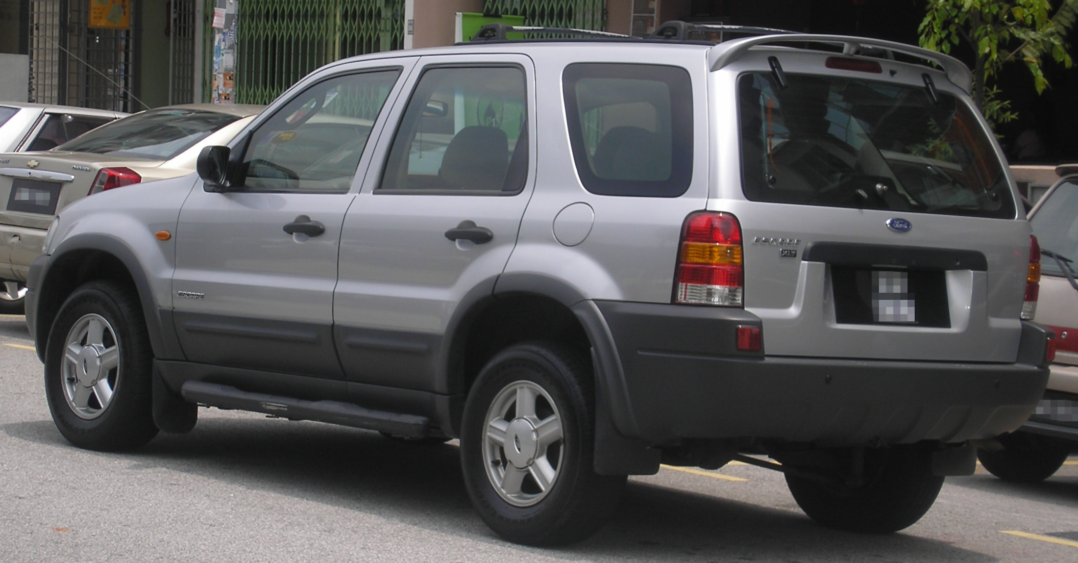 ford maverick ii 2002 pictures
