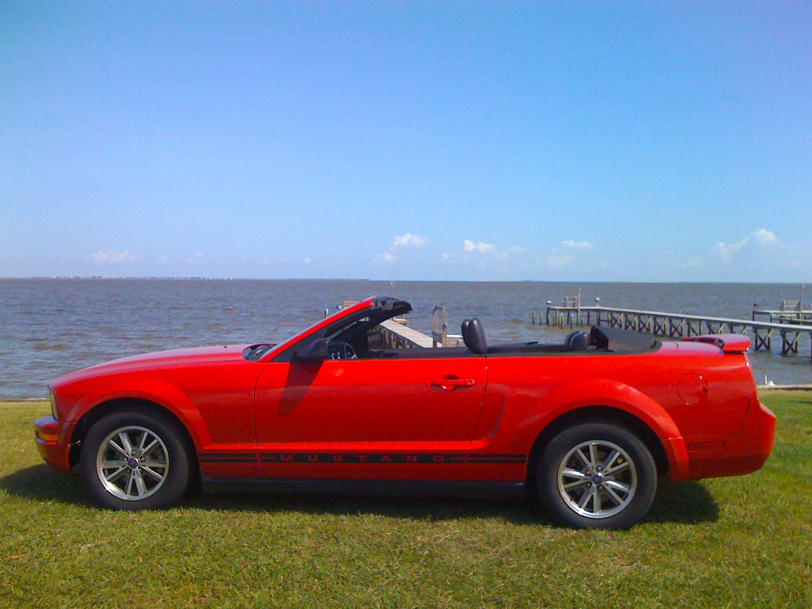 2005 ford mustang convertible photos 2018 Ford Mustang Expert Reviews, Specs and Photos m