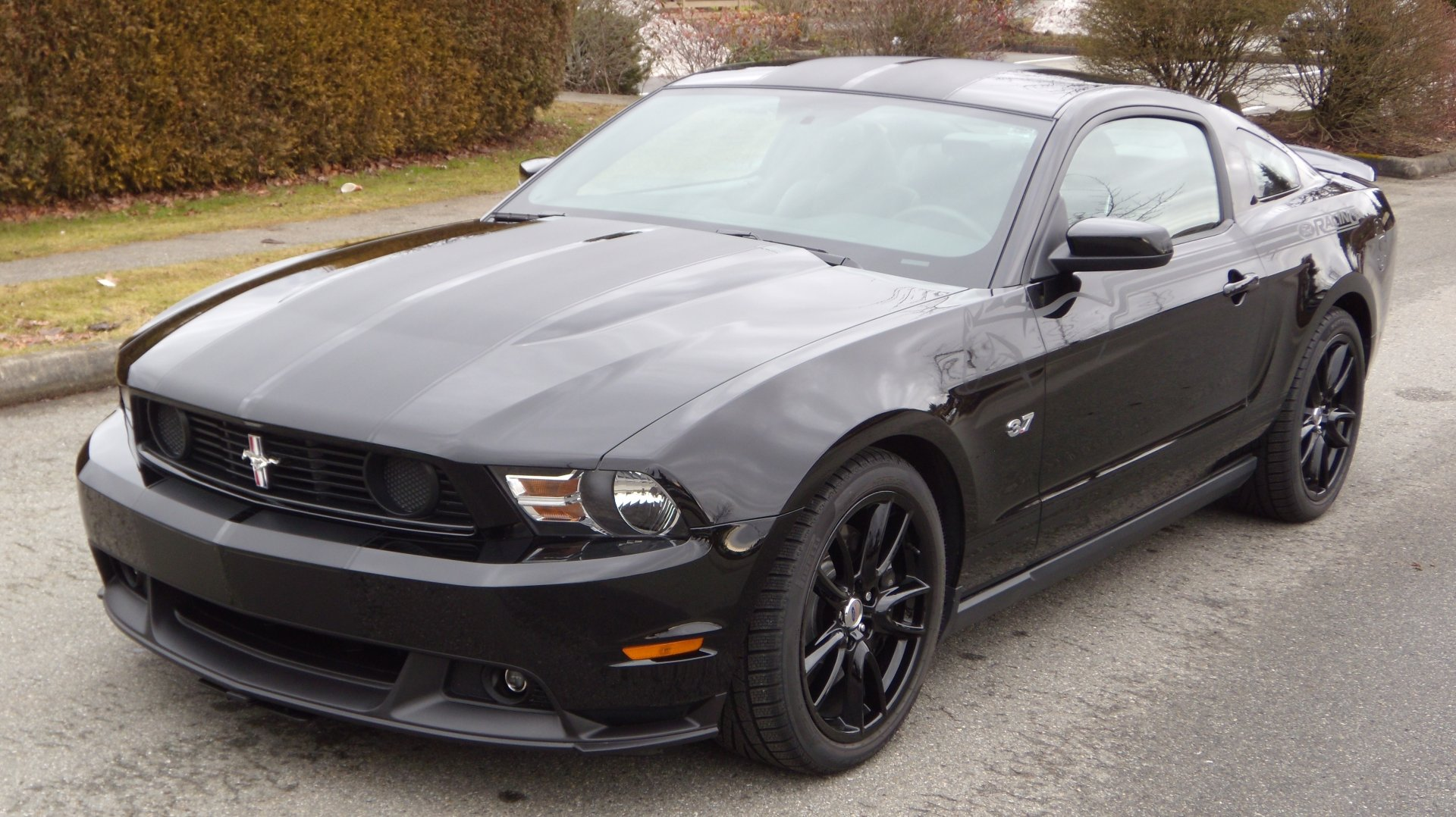 2012 ford mustang v pictures information and specs auto. Black Bedroom Furniture Sets. Home Design Ideas
