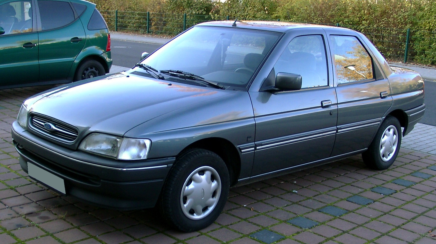 ford orion pictures #11