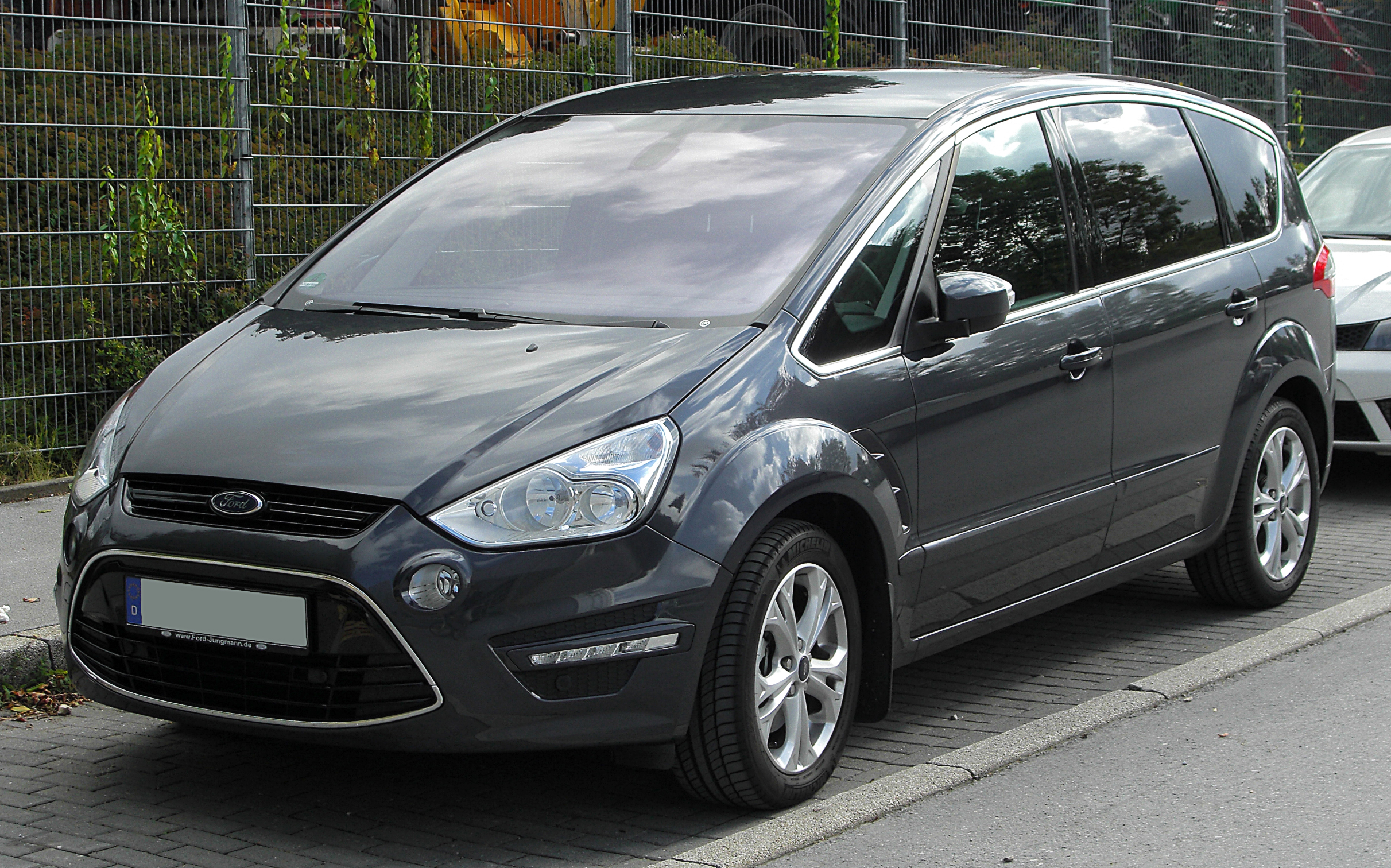 ford s-max images #9