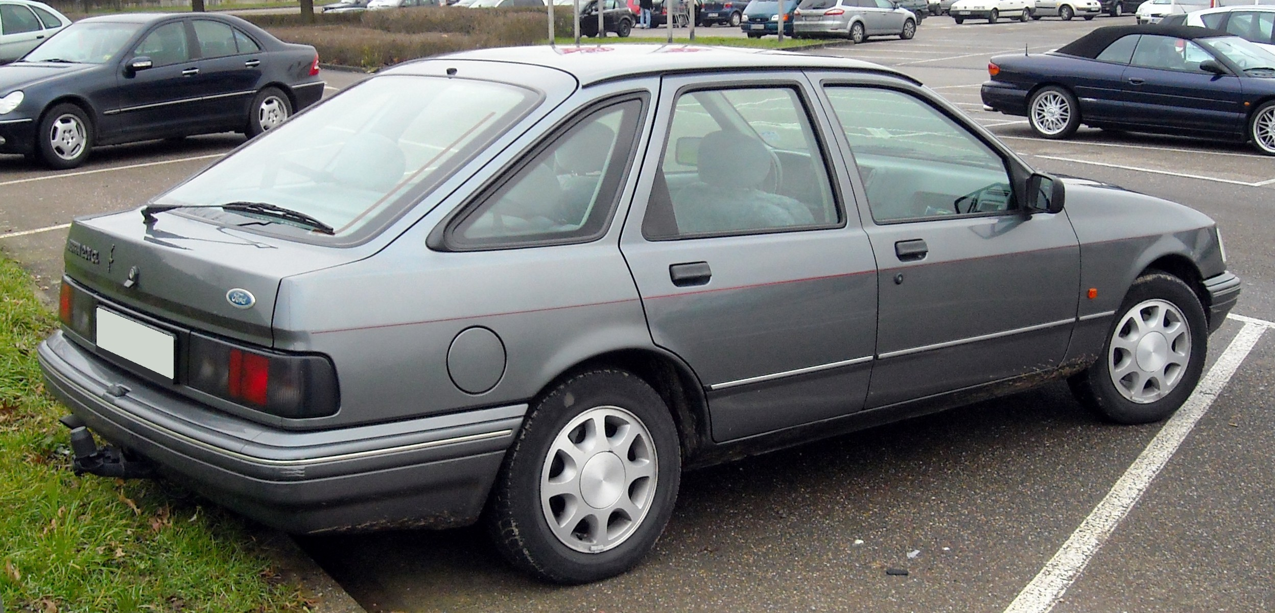 ford sierra pictures