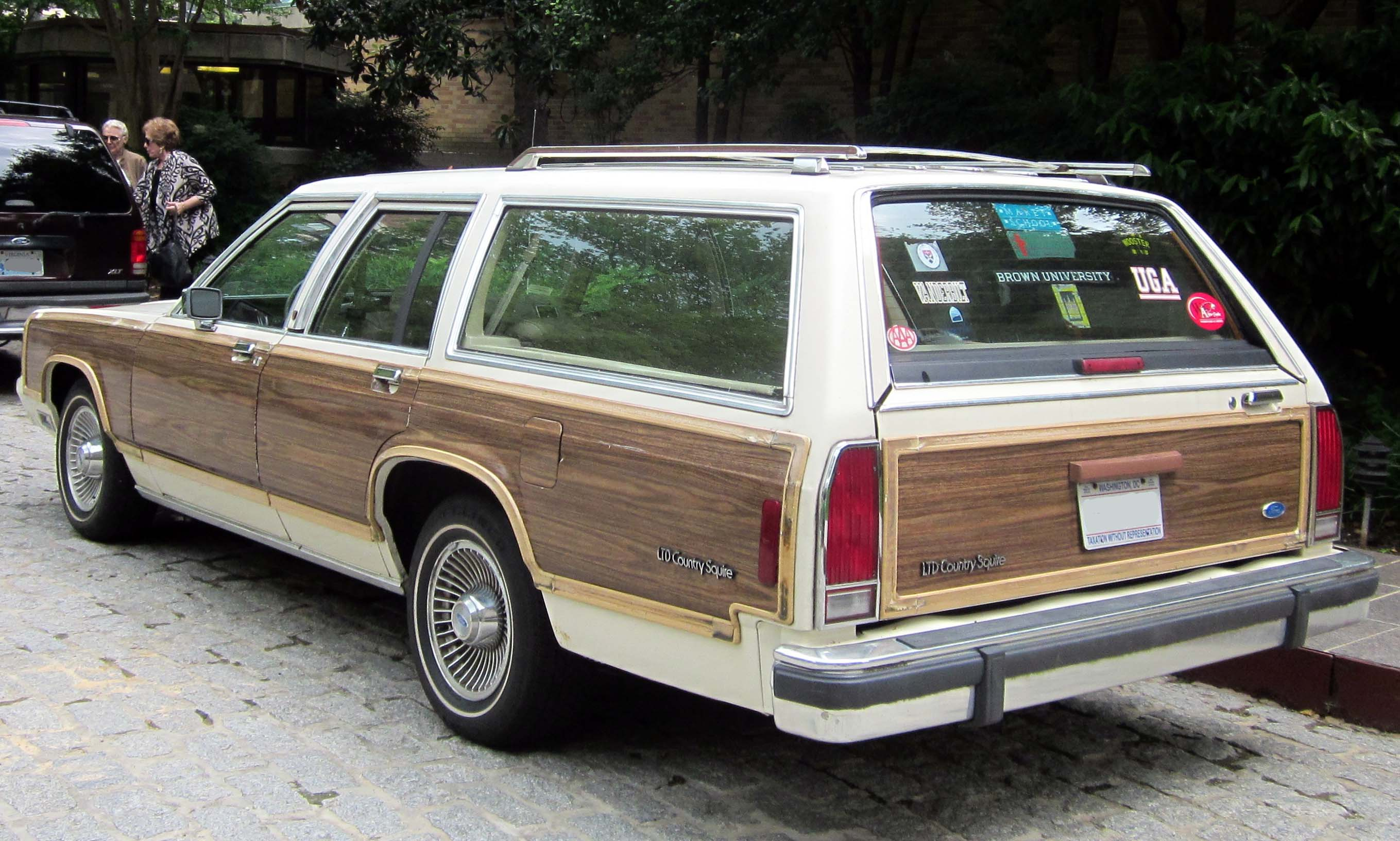 1991 Ford Taurus station wagon – pictures, information and specs ...