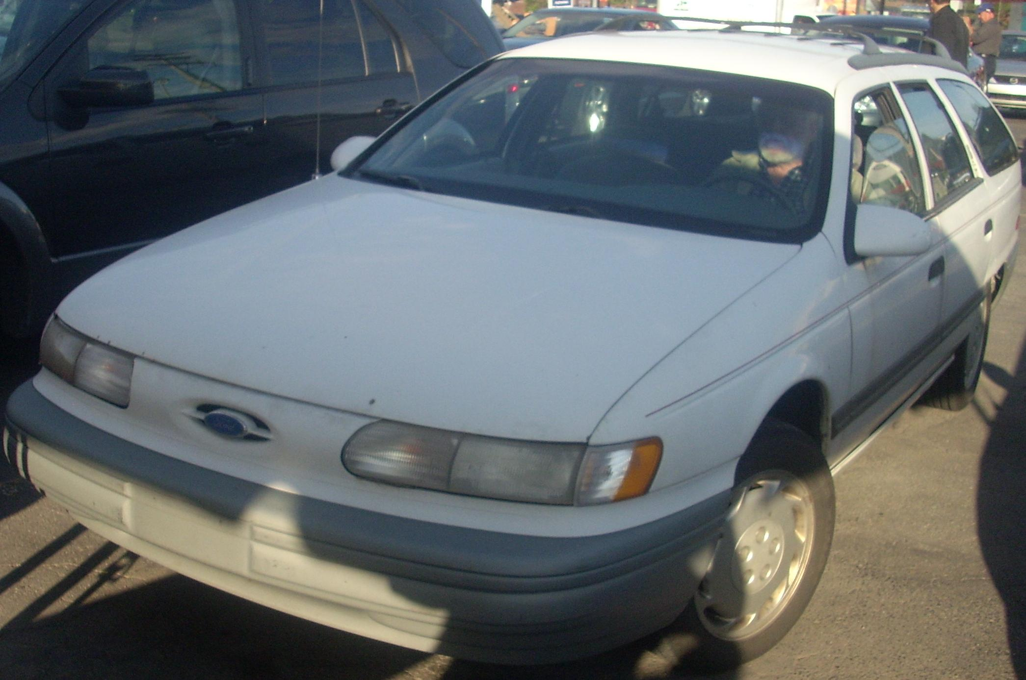 ford taurus station wagon 1992 images