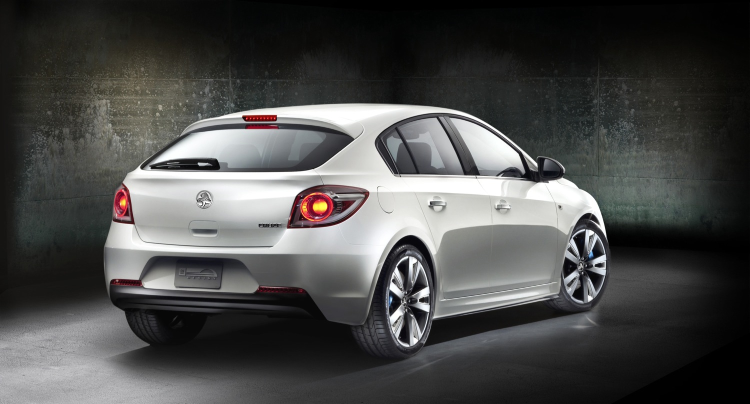 2016 Holden Astra hatchback – pictures, information and ...