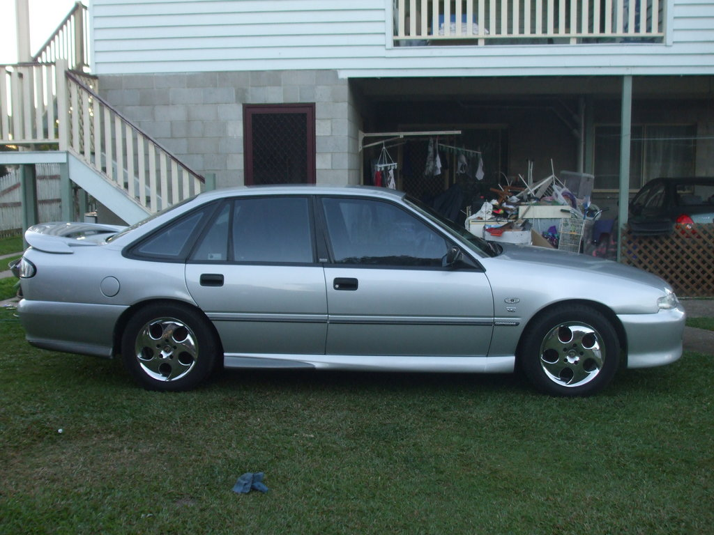 holden commodore 1996 pictures #10
