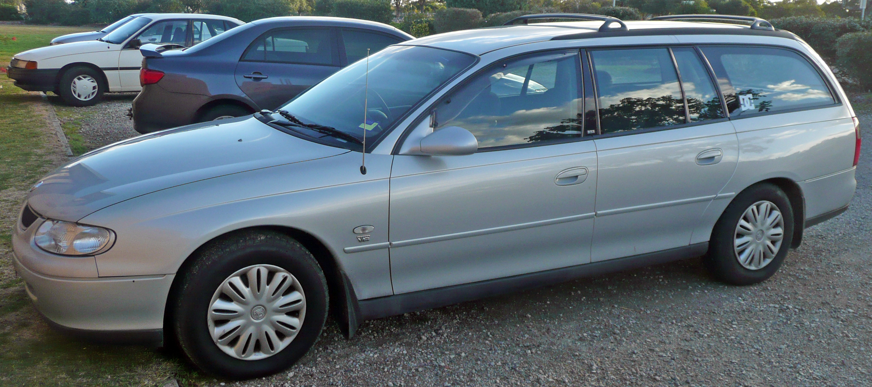 holden commodore wagon (vt) 1998