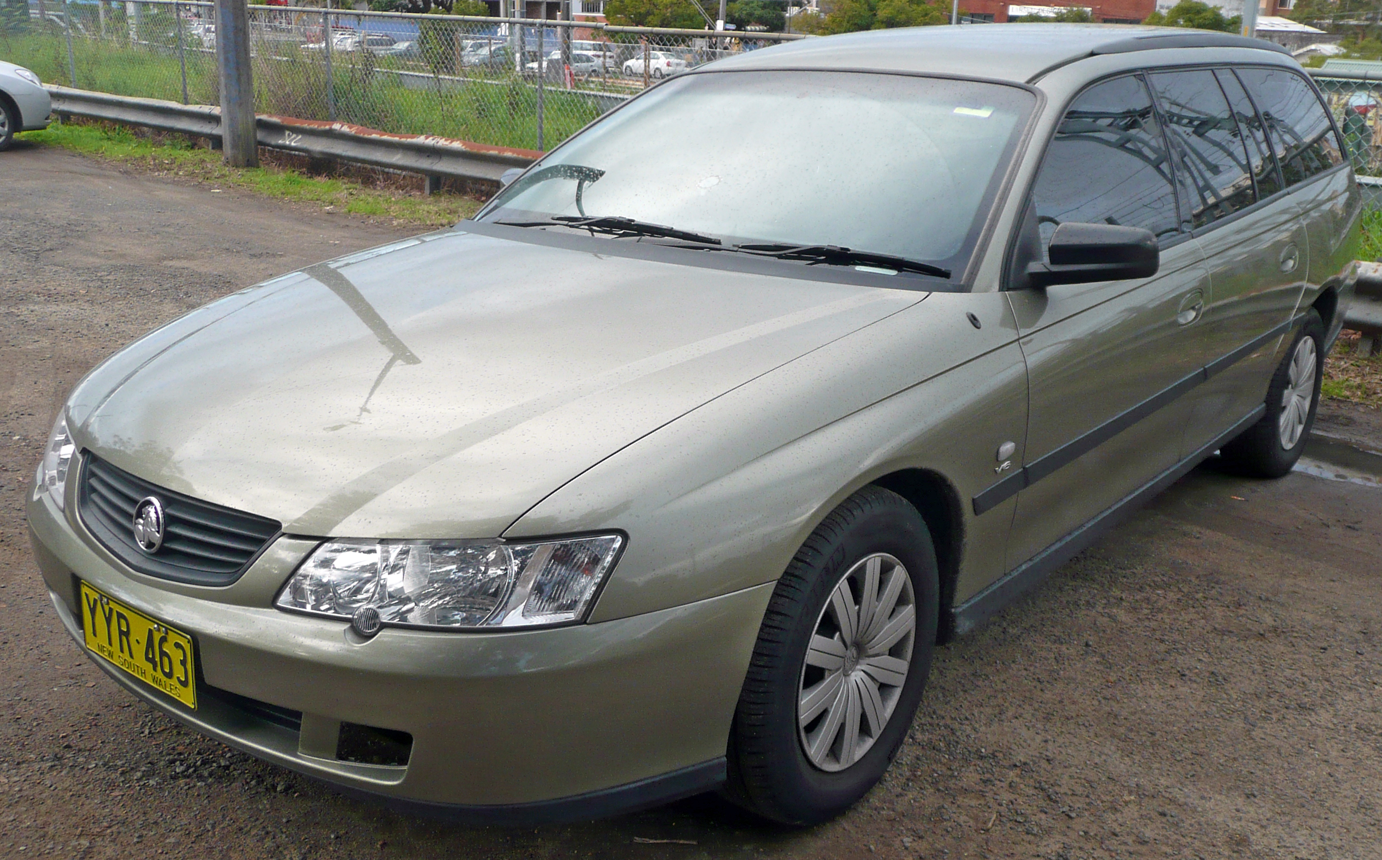 holden commodore wagon (vt) 1998 wallpaper