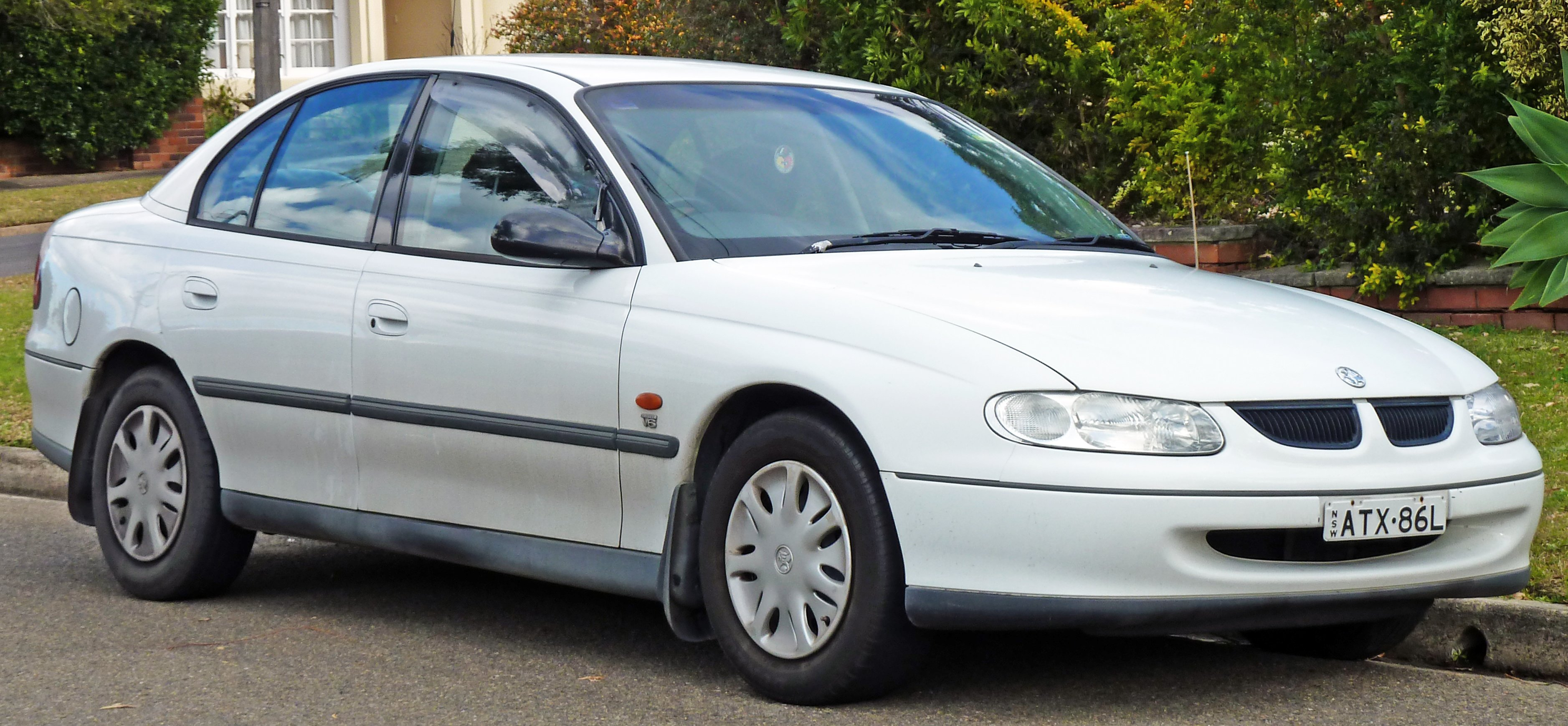 holden commodore wagon (vt) 1999 #9