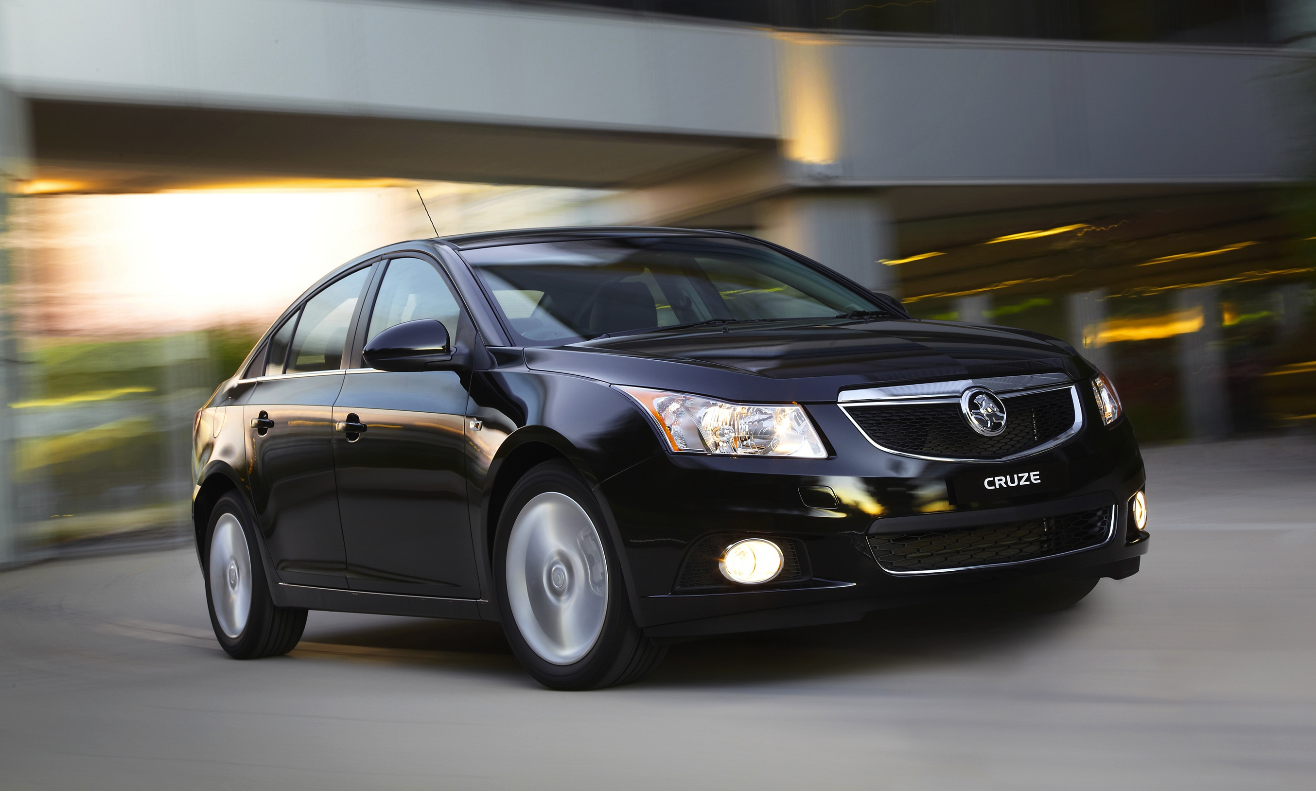 holden cruze images