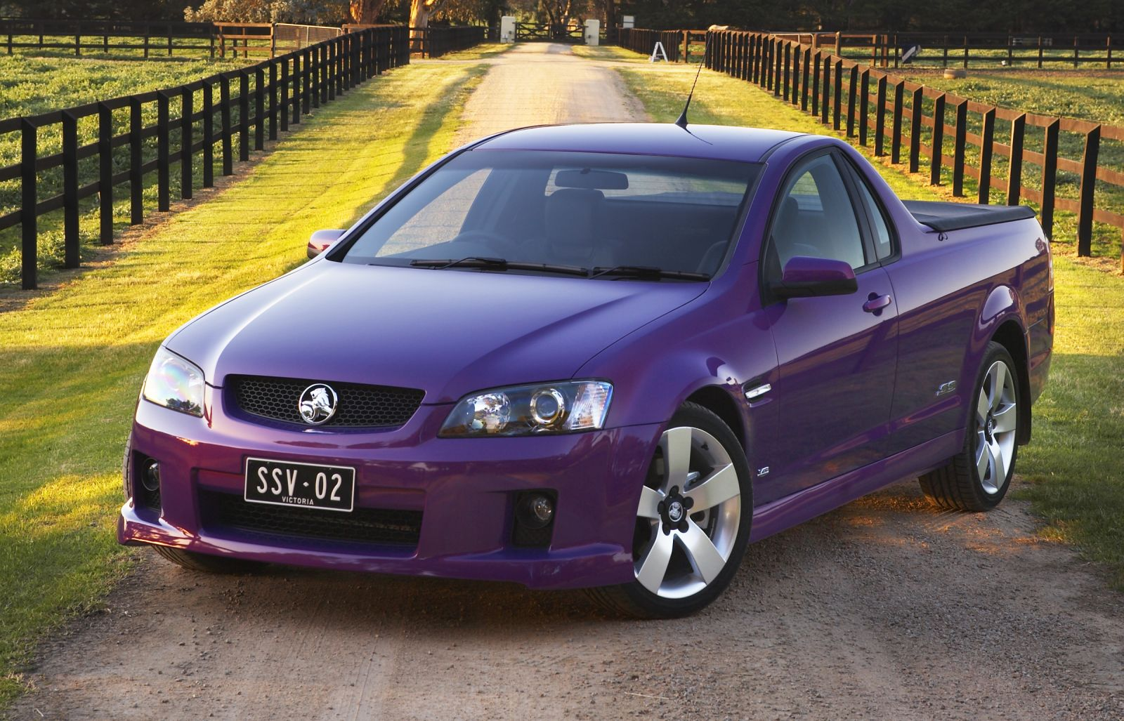holden ute images