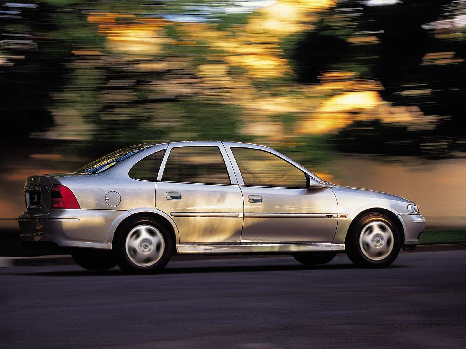 holden vectra images #7