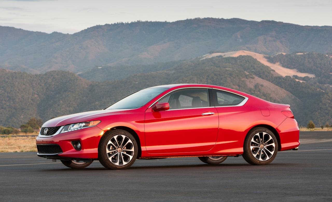 honda accord viii coupe 2012 pictures