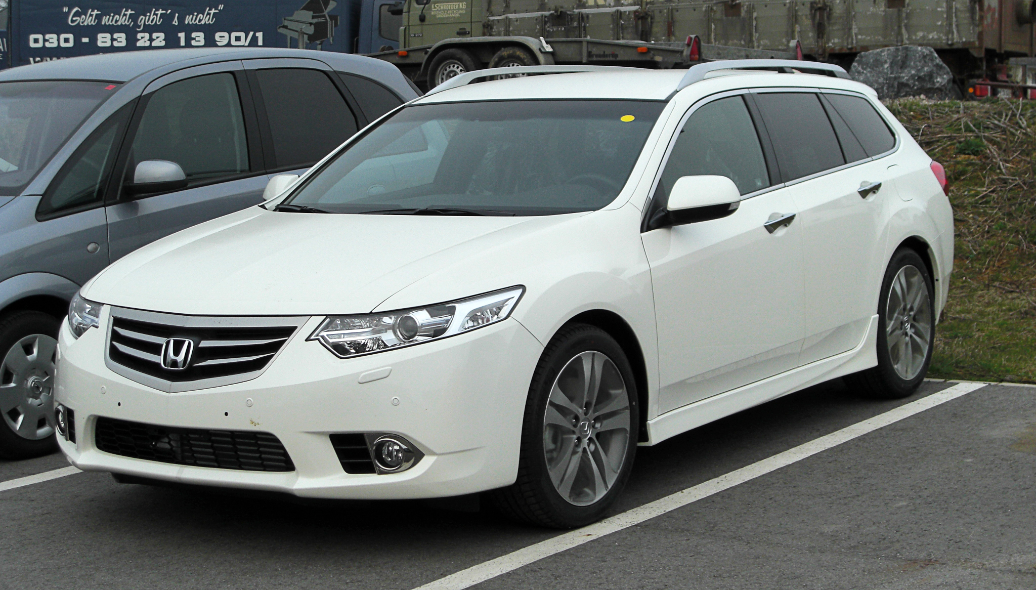 honda accord viii tourer 2008 images