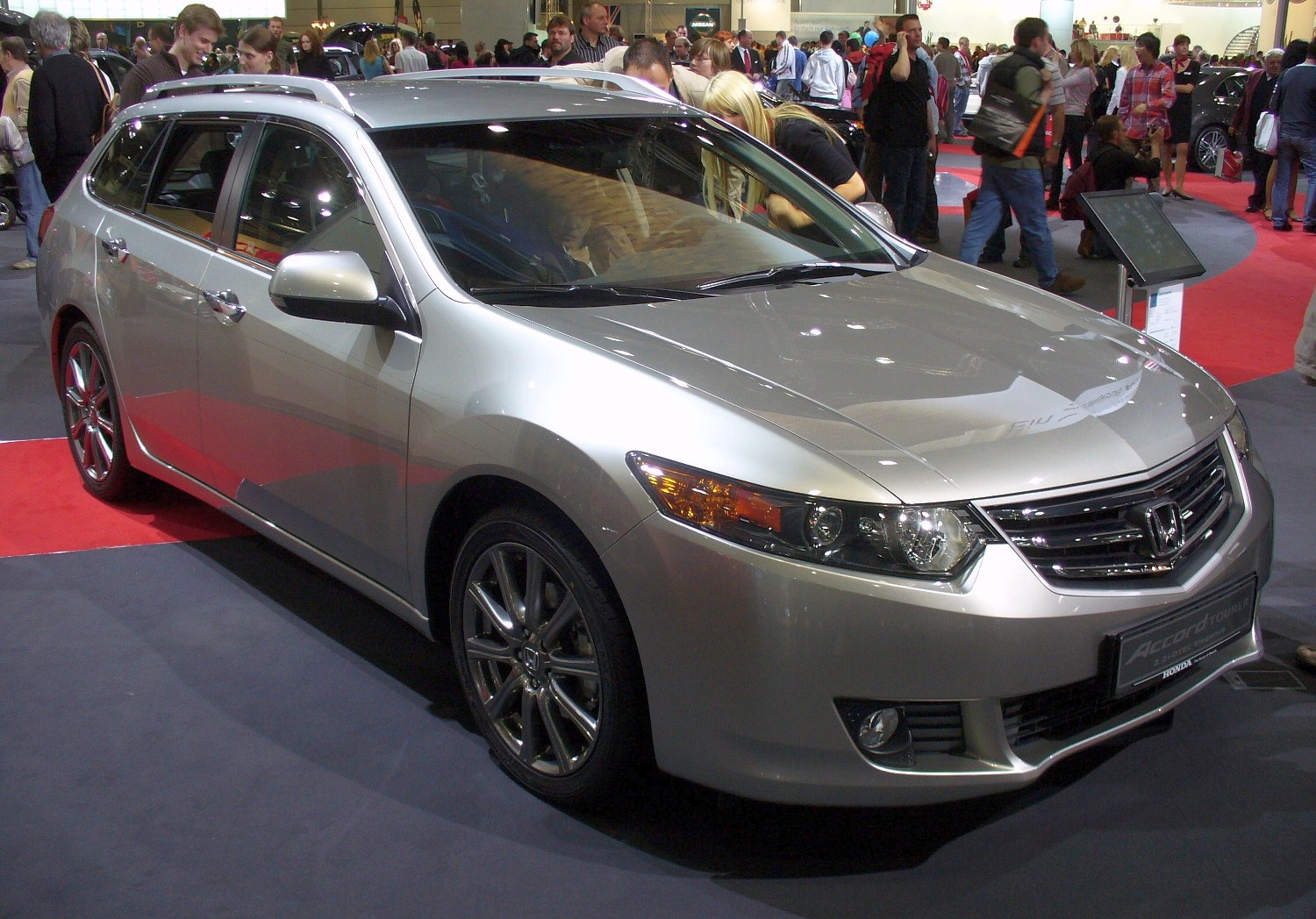 honda accord viii tourer 2008 pics