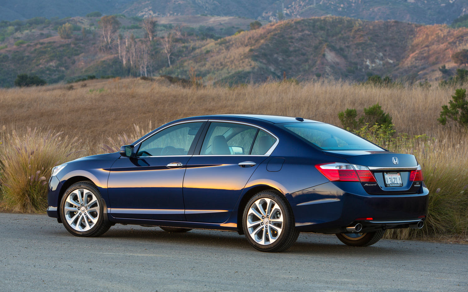 2013 honda accord viii tourer pictures information and specs auto. Black Bedroom Furniture Sets. Home Design Ideas