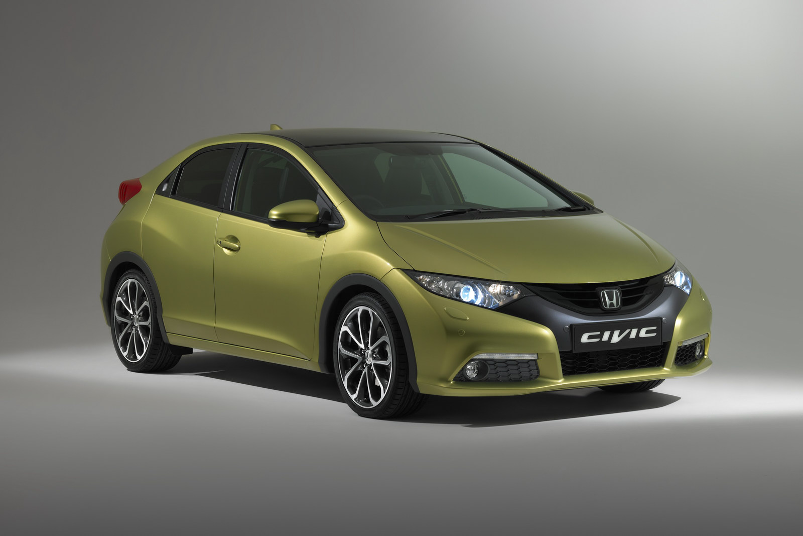 honda civic ix hatchback 2013 pictures