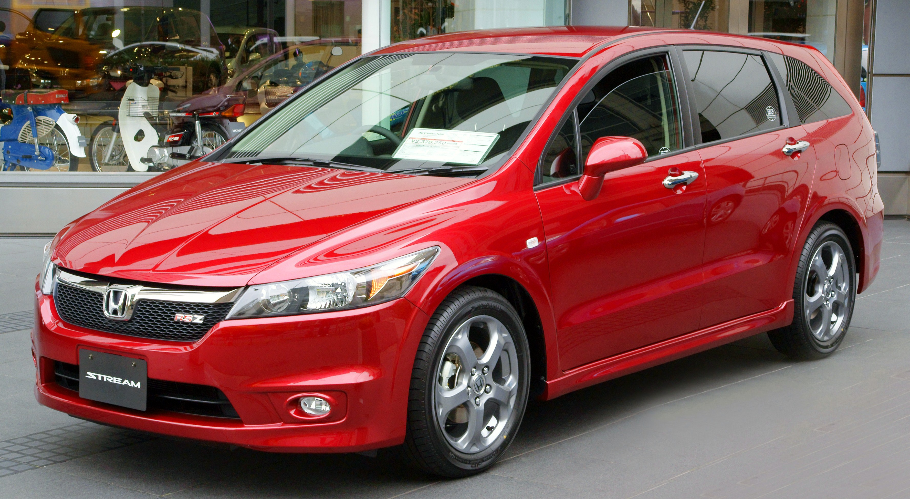 honda odyssey iv 2012 pictures