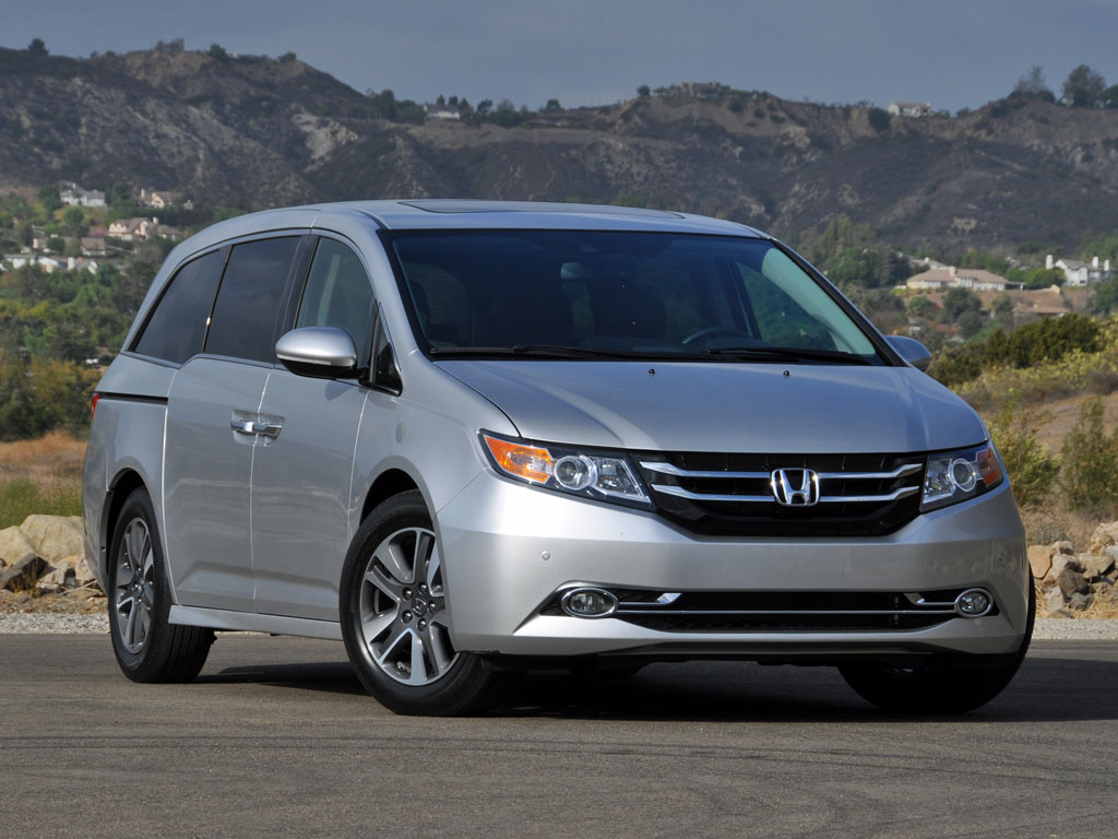 honda odyssey iv 2014 pictures