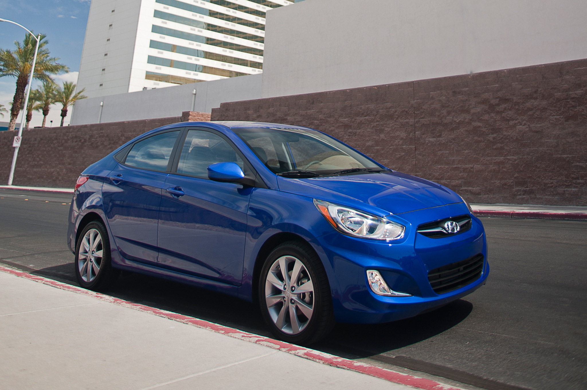 2014 hyundai accent iv sedan pictures information and. Black Bedroom Furniture Sets. Home Design Ideas