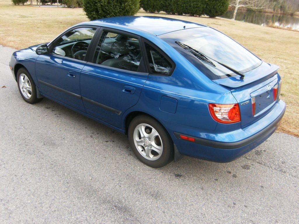 2005 hyundai elantra iii hatchback pictures information and specs auto. Black Bedroom Furniture Sets. Home Design Ideas
