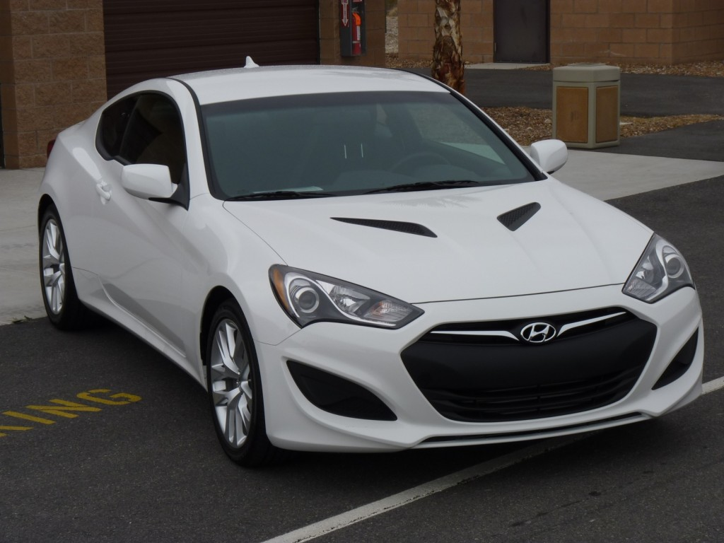 2013 hyundai genesis pictures information and specs auto. Black Bedroom Furniture Sets. Home Design Ideas