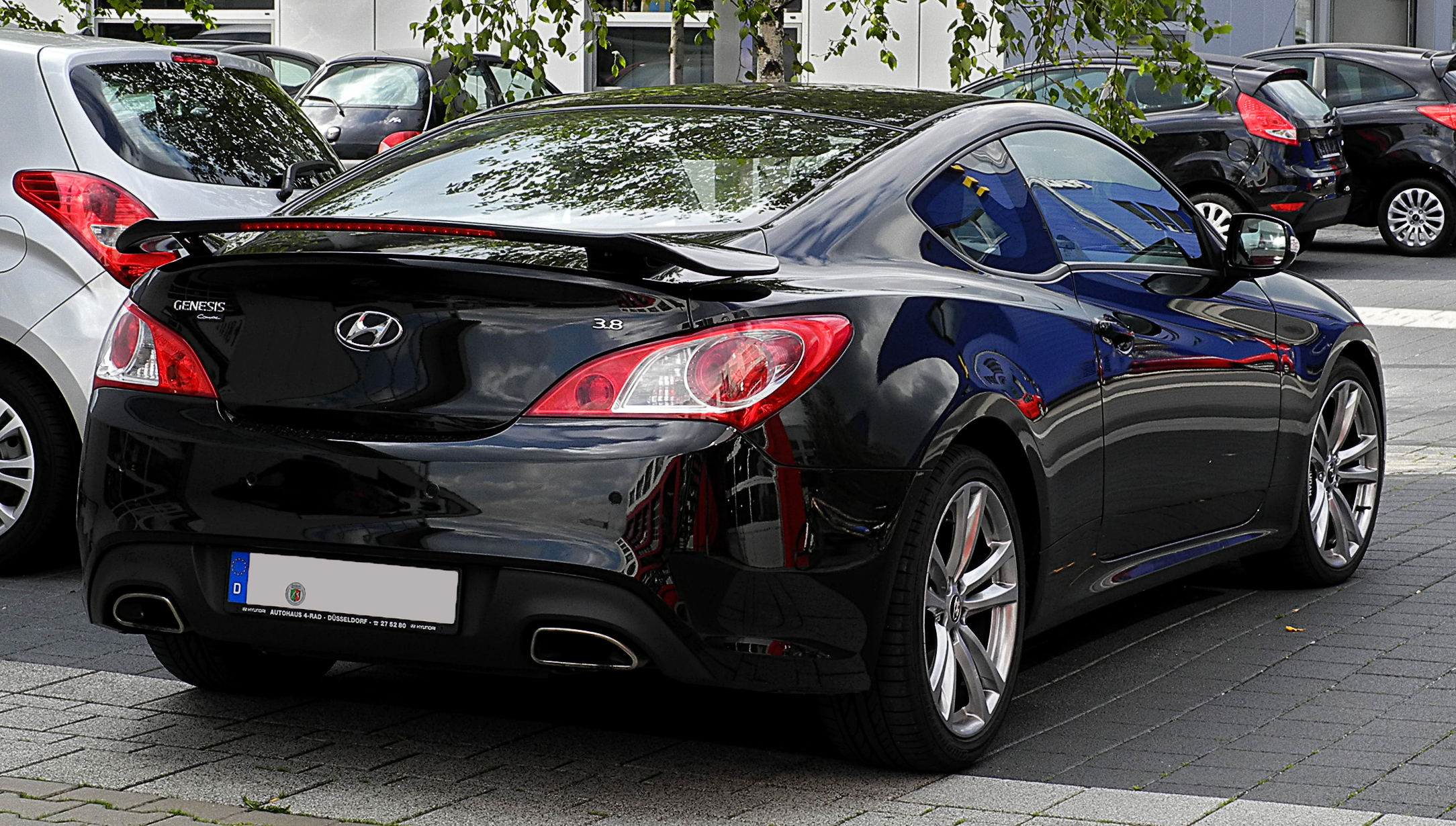 2011 Hyundai Genesis Coupe Pictures Information And
